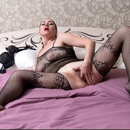 Leyla Lynn in 'Anilos' Undress Me (Thumbnail 9)