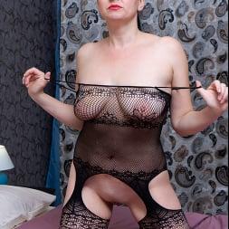 Leyla Lynn in 'Anilos' Undress Me (Thumbnail 11)