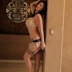 Licious Gia in 'Anilos' Sexy Lady (Thumbnail 1)