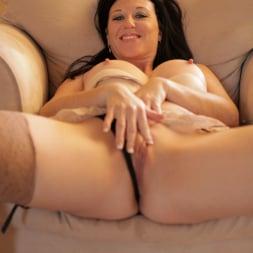 Licious Gia in 'Anilos' Sexy Lady (Thumbnail 11)