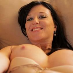Licious Gia in 'Anilos' Sexy Lady (Thumbnail 13)