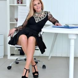 Lili Peterson in 'Anilos' Office Pleasure (Thumbnail 2)