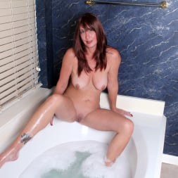 Lily in 'Anilos' Water Stimulation (Thumbnail 7)