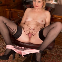 Lily Roma in 'Anilos' Getting Busy In The Office (Thumbnail 7)