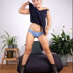 Lira Kissy in 'Anilos' Fifty And Flexible (Thumbnail 3)