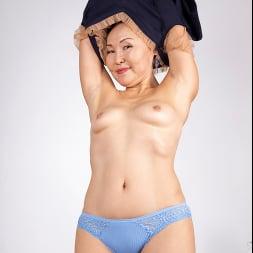 Lira Kissy in 'Anilos' Fifty And Flexible (Thumbnail 4)