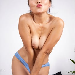 Lira Kissy in 'Anilos' Fifty And Flexible (Thumbnail 5)