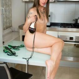 Lisa Xxx in 'Anilos' Classy Lady (Thumbnail 12)
