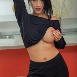 Lisbella Aguilar in 'Anilos' Big Boobs (Thumbnail 4)