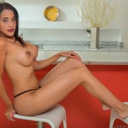 Lisbella Aguilar in 'Anilos' Big Boobs (Thumbnail 8)