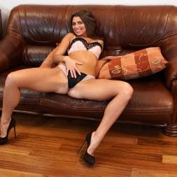 Liya Lucky in 'Anilos' Nice Rack (Thumbnail 5)