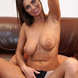 Liya Lucky in 'Anilos' Nice Rack (Thumbnail 8)