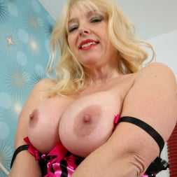 Lucy in 'Anilos' Hot Mama And Her Toy (Thumbnail 4)