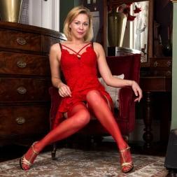 Lucy Lauren in 'Anilos' Little Red Dress (Thumbnail 3)