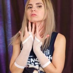 Margarita in 'Anilos' Solo Play (Thumbnail 3)