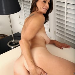 Mimi Moore in 'Anilos' Naughty Thoughts (Thumbnail 11)