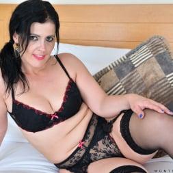 Montse Swinger in 'Anilos' Bedroom Eyes (Thumbnail 1)