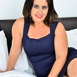 Montse Swinger in 'Anilos' Big Booty Beauty (Thumbnail 1)