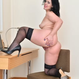 Montse Swinger in 'Anilos' Sexy Business Lady (Thumbnail 15)