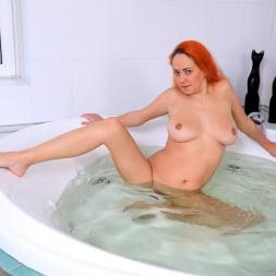 Natali in 'Anilos' Wet Fun (Thumbnail 11)