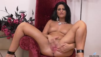 Nicola Kiss in 'Sexier With Age'