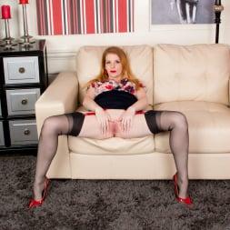 Nicole Hart in 'Anilos' Redhead Babe (Thumbnail 6)