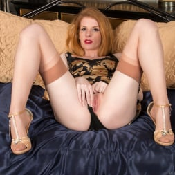 Nicole Hart in 'Anilos' Show Off (Thumbnail 5)