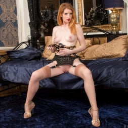 Nicole Hart in 'Anilos' Show Off (Thumbnail 15)