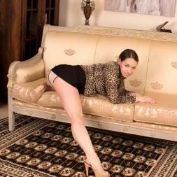 Olga Cabaeva in 'Anilos' One Hot Cougar (Thumbnail 3)