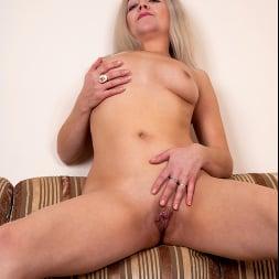 Olga Leona in 'Anilos' If It Feels Good (Thumbnail 15)