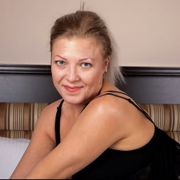 Olga Leona in 'Anilos' Just For You (Thumbnail 2)