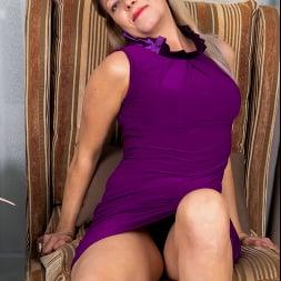 Olga Leona in 'Anilos' No Time To Wait (Thumbnail 2)