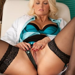 Olivia Jayne in 'Anilos' Naughty Nurse (Thumbnail 6)