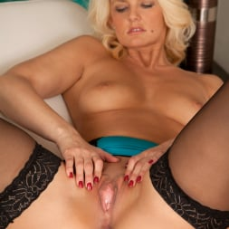 Olivia Jayne in 'Anilos' Naughty Nurse (Thumbnail 15)