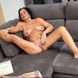 Olivia Westervelt in 'Anilos' Private Pleasures (Thumbnail 12)