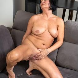 Olivia Westervelt in 'Anilos' Private Pleasures (Thumbnail 13)