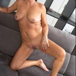 Olivia Westervelt in 'Anilos' Private Pleasures (Thumbnail 16)