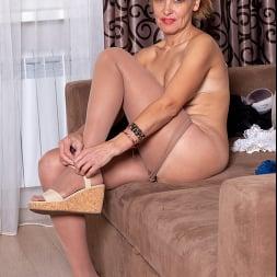Oliya in 'Anilos' The Real Orgasm (Thumbnail 5)