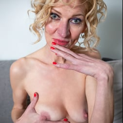 Peggy in 'Anilos' Like What You See (Thumbnail 5)