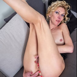 Peggy in 'Anilos' Like What You See (Thumbnail 16)
