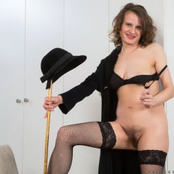 Princess Mustang in 'Anilos' Teasing The Clit (Thumbnail 6)