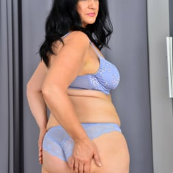 Ria Black in 'Anilos' Magnificent Tits (Thumbnail 5)