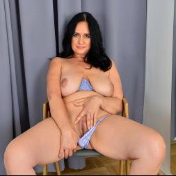Ria Black in 'Anilos' Magnificent Tits (Thumbnail 7)