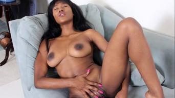 Rio Malandro in 'Vibe Orgasm'