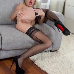 Rita in 'Anilos' Busty Babe (Thumbnail 13)