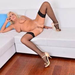 Roxana Hanova in 'Anilos' Blonde Bombshell (Thumbnail 14)