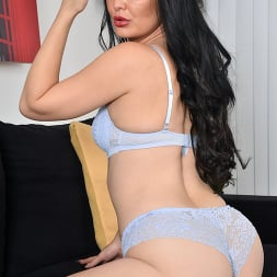 Roxee Couture in 'Anilos' Taking It All Off (Thumbnail 6)