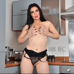 Roxee Couture in 'Anilos' Want To Taste (Thumbnail 11)