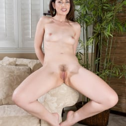 Sarah Shevon in 'Anilos' Hairy Pussy Play (Thumbnail 10)