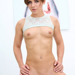 Sasha Zima in 'Anilos' Sexy Sasha (Thumbnail 10)